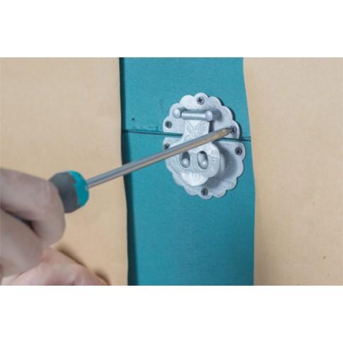 Peinture effet de fer ancien pour d corer et prot ger les m taux for Peinture pour fer forge